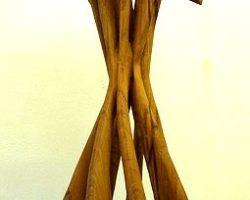 Tanzende-Äxte-Eiche-110cm
